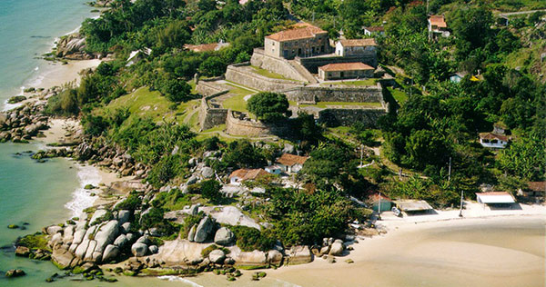 An aerial view of São José da Ponta Grossa Fortress